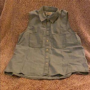 Madewell Chambray Sleeveless Shirt